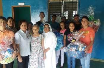 Donación de útiles de aseo al asilo de ancianos en Veraguas