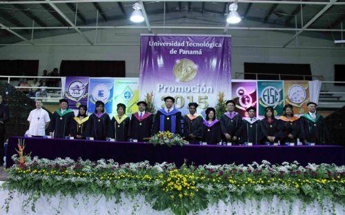 Acto de Graduación en Centro Regional de Coclé.