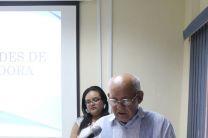 Ingeniero Urbano Alaín, Director del Centro, brindando las palabras de apertura.