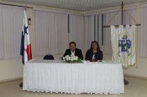 Licdo. Rodney González y Licda. Lorena Alfonso docente de la Asignatura Derecho Informático.