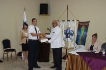 Ingeniero Urbano Alaín, Director UTP Azuero, realiza la entrega oficial de las Becas.