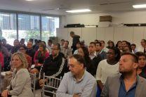 Colaboradores de la empresa ABB Panamá en presentación del Proyecto MOVIDIS