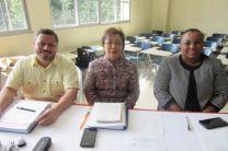 Prof. Ricardo Cajina, Profa. Orosia Poveda y Profa. Marlene Guzmán