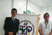 Mgtr. Osvaldo Martínez Camacho junto al Dr. José Fábrega.