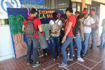 Estudiantes del Centro participando del evento.