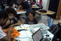 Estudiantes de Eléctrica de la FIE de Coclé participan en Taller de Robótica.