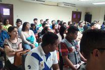 Docentes y estudiantes presentes en la III Jornada de Investigación.