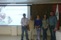 Estudiantes y Asesores de la Tesis presentada en la Jornada de Investigación.