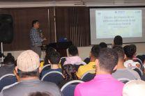 """Doctor Edwin Collado con la Investigación: """"Estudio del Impacto de los Vehículos Eléctricos en la Red Eléctrica en Panamá""""."""