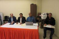 El Profesor Asesor, Dr. Idulfo Arrocha y Jurado Evaluador, los doctores José Laguardia y Luis Bergues Cabrales.