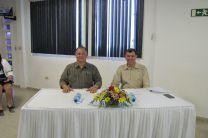 Ing. Miguel López e Ing. Francisco Arango evaluando los trabajos.