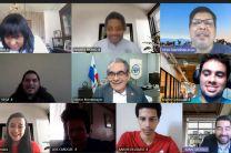 Autoridades participan de la clausura del Hackathon Eurus.