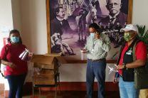 Ing. Yaneth Gutiérrez junto al Vicegobernador, Lic. Isaac Quirós y el Dr. Mario Lozada, Director Regional de Salud.