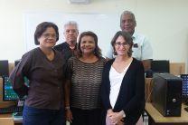 Mgtr. Ana M. Saavedra B. (Vicedecana Académica), experta Dra. Norma Miller y algunos de los participantes