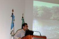 El Dr. Vega durante su exposición.
