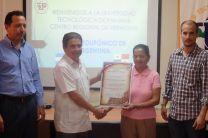 Entrega de reconocimiento a los miembros del Patronato Pro-Cultura, de Veraguas