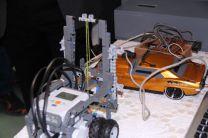 Circuito del control de un carro de juguete.