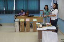 Representantes del Tribunal Electoral.