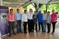Autoridades y personal de la UTP y la Alcaldía de Panamá.