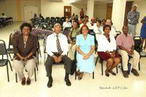 Profesores y administrativos recibieron pin, por años de servicios.