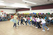 Estudiantes, organizan actividad a las niñas del Hogar Medalla Milagrosa.
