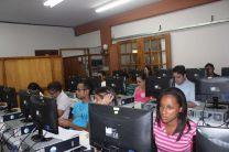 Estudiantes, administrativos y docentes se capacitaron en la Jornada.