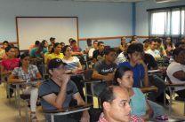 Estudiantes de las Facultades de Eléctrica y Sistemas Computacionales.