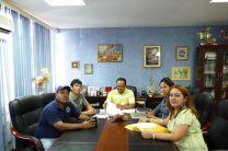 Personal del CIHH, junto al Director del Centro Regional de Chiriquí.