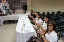 Centro Regional de Azuero ofrece almuerzo a Secretarias, en su Día.