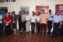 Autoridades, docentes y Administrativos presentes en la Feria Cultural.