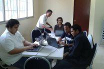 Grupo del Centro Regional de Azuero, en las sesiones de trabajos.