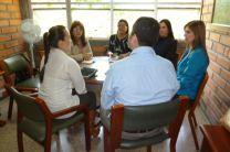 Las investigadoras reunidas con la Vicerrectora de la Universidad de Medellín.