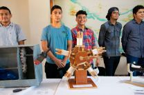 Estudiantes de la Carrera de Técnico en Ingeniería de Mantenimiento de Aeronaves.