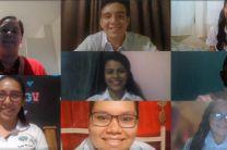 Estudiantes de la FII que participaron en la conferencia.