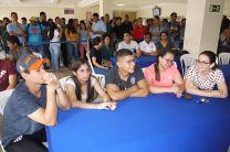 En el concurso participaron estudiantes en grupos de cinco.
