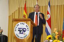 Dr. Silverio Henríquez de la ACP, con el tema Energía para Uso Civil y Sostenibilidad Energética.