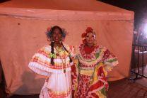 De izquierda a derecha, Jennifer Rivas de Panamá y Keyla Granados de Colombia