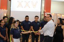Corte de cinta a cargo del Ing. Fernando González, Director del Centro y la estudiante Karen Cogley, Coordinadora General en Veraguas.