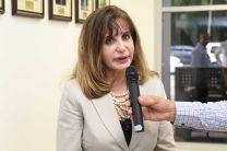 La Dra. Julia Regales, hermana del Exvicerrector, Ing.  Ernesto Regales (Q.E.P.D.).