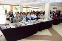 La Feria Literaria y Cultural fue visitada por estudiantes, docentes, escritores, artistas y público en general.