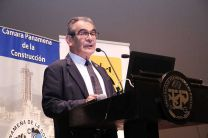 El Ing. Héctor M. Montemayor Á., Rector de la UTP.