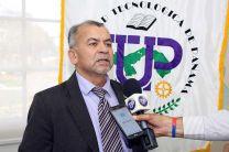 El Jefe de la delegación de LSU, Dr. Héctor O. Zapata.