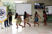 Grupo de la comunidad Wounaan residentes en San Antonio, Gamboa, mostraron la ejecución de sus bailes tradicionales.