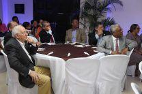 Autoridades de la UTP y decanos de las distintas facultades, durante  la clausura del programa de integración.