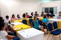 La Licda. Vielka Valenzuela, Directora de Extensión de la UTP, estuvo al tanto de la visita académica de los estudiantes de la Universidad del Perú.