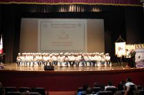 Estudiantes graduandos de ingeniería de la Facultad de Ingeniería Civil, en Ceremonia de Imposición de Cascos.
