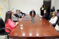 Las personas que participaron en la firma del Convenio Marco de Cooperación.