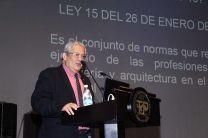 El Ing. Gustavo Adolfo Bernal, de la SPIA, dicerta.