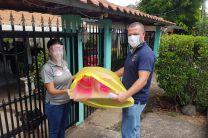 Dra. Victoria Serrano, entrega donación de caretas a la 4ta. Zona de la Policía de Chiriquí.
