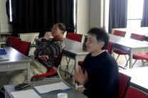 Doctores Shoji y Nakaegawa, en seminario en el MRI.